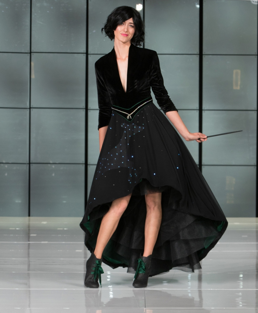 her-universe-fashion-show-harry-potter-patronus-selina-zawacki-02